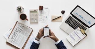 गिरते बाजार में SIP चालू रखने के फायदे